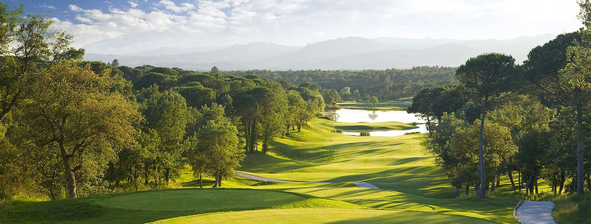 PGA Catalunya Resort Fantastic Frank fairway golf